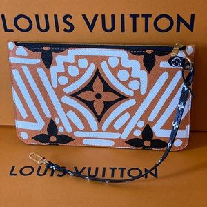 Authentic Louis Vuitton Neverfull crafty pouch